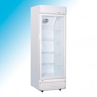 Vitrina frigorifica verticala pentru lactate si bauturi - refrigerare ventilata
